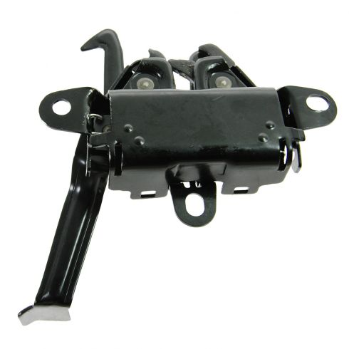 03-06 Toyota Camry LE, SE (US Built) Hood Latch