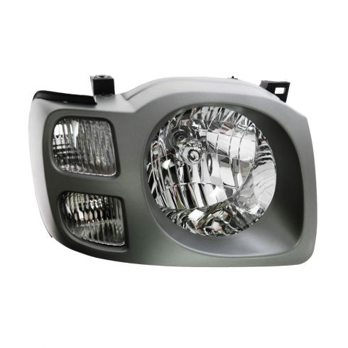 2002-04 Nissan Xterra (SE) Headlight Passengers Side