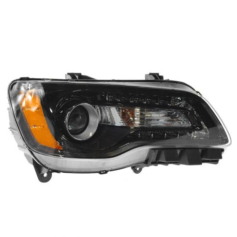 11-14 Chrysler 300 Halogen Headlight w/Black Bezel RH