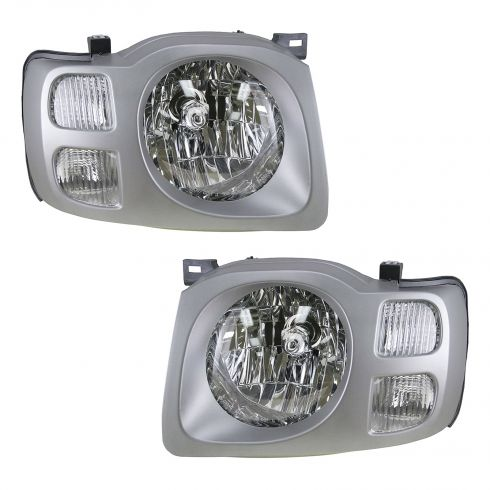 2002-04 Nissan Xterra (SE) Headlight Pair