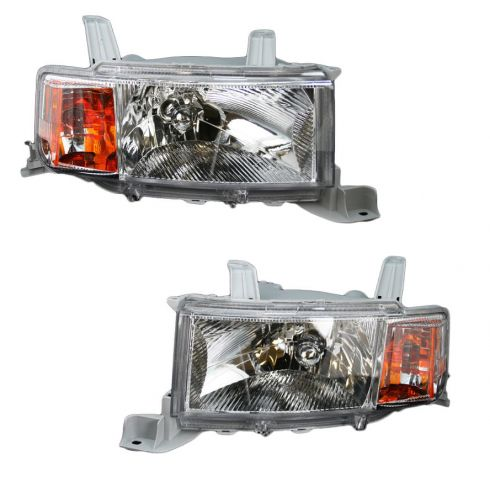 04-06 Scion xB Headlight Pair
