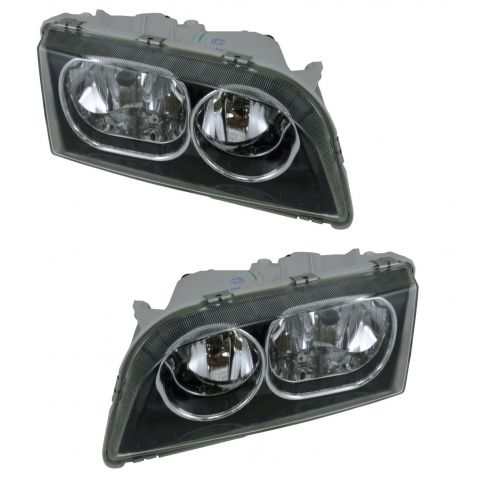 03-04 Volvo S-40 Headlight Pair