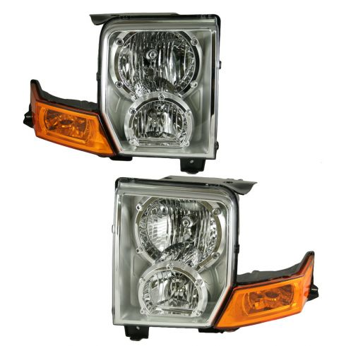 06-07 Jeep Commander Headlight Pair