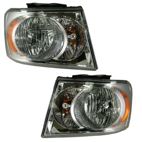 07-08 Dodge Durango Headlight Pair