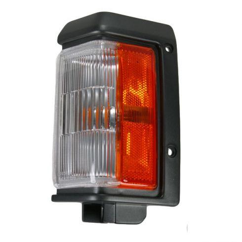 Nissan PU Cor Park Light Fdr Mnt LH