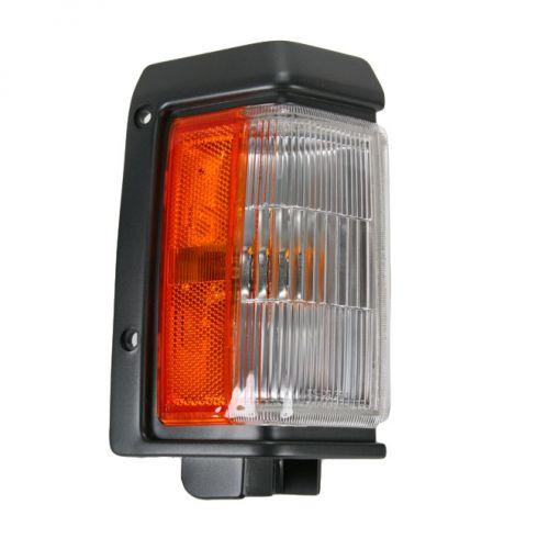 Nissan PU Cor Park Light Fdr Mnt RH