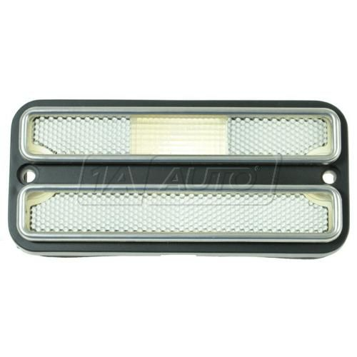 69-72 Blazer Jimmy; 70-72 GM PU; 71-84 Van Side Marker Light w/Chrome Trim LF, LR, RF, RR