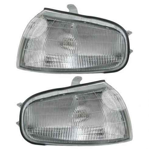 1992-94 Toyota Camry Fender Mounted Parking Lamp Pair