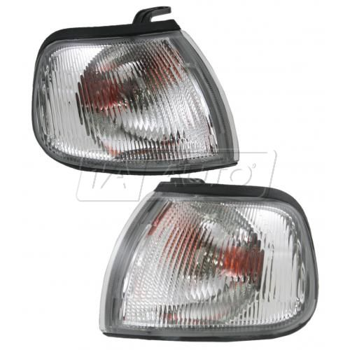 93-94 Nissan Sentra Parking Light Pair