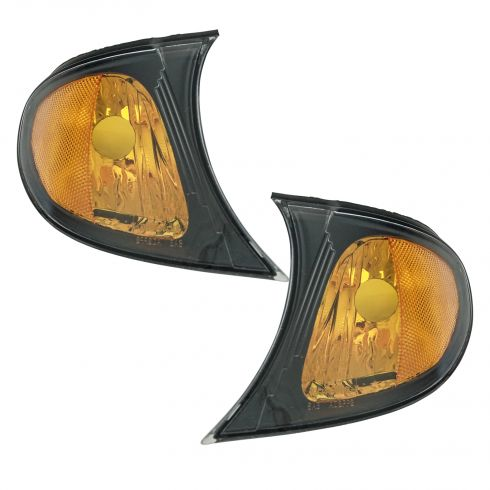 2002-05 BMW 3 Series Sedan & SW Corner Light w/Yellow Trim PAIR