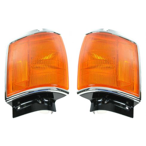 1984-86 Toyota 4Runner, Pickup Truck Corner Parking Light w/Chrome Trim PAIR