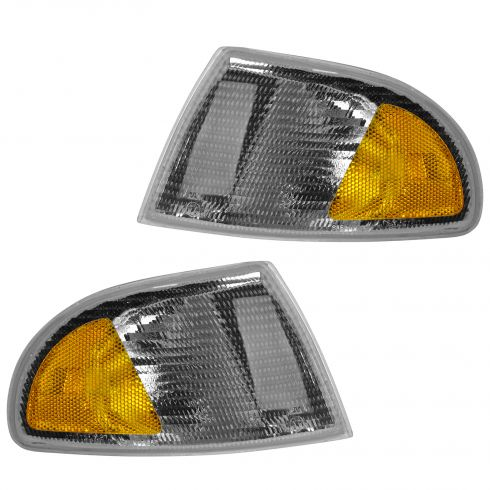 96-98 Audi A4, 99 (thru VIN 199999) A4 Corner Parking Light w/Black Trim (Fender Mtd) PAIR