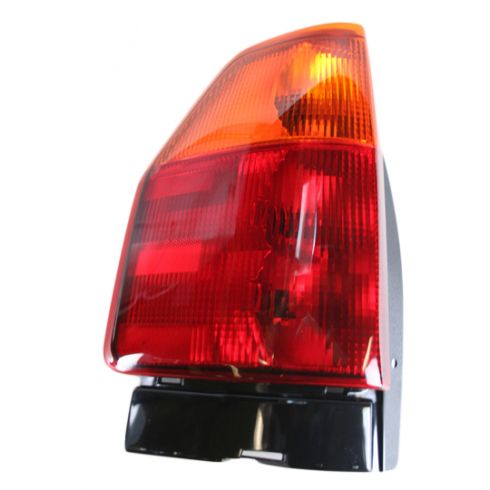 02-05 Envoy Tail Light LH 15131576