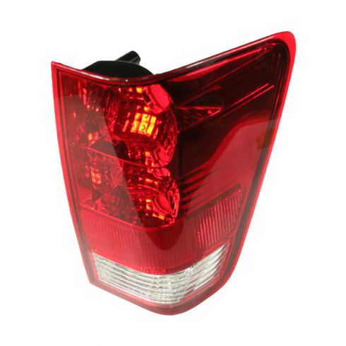 2004-07 Nissan Titan Tail Light RH for Trucks WITH Utility Compartment