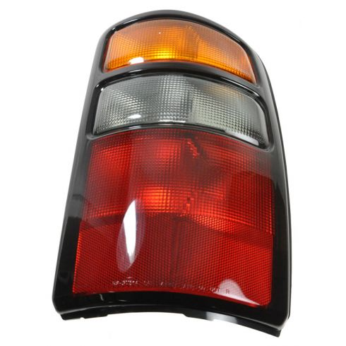 2004-06 Chevy Tahoe Tail Light Passenger Side