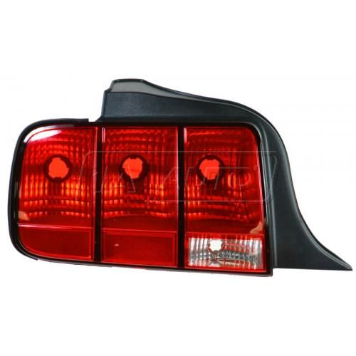 2005-09 Ford Mustang Tail Light Driver Side
