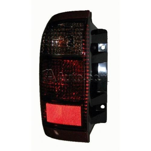 2001-03 Infinity QX4 Tail Light Driver Side