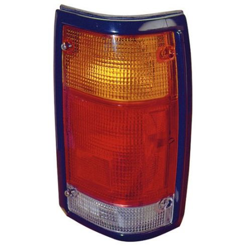 86-93 Mazda Pickup Tail Light With Black Trim rH