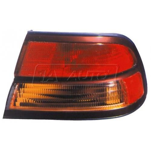 1996-97 Infiniti I30 Outer Taillight RH