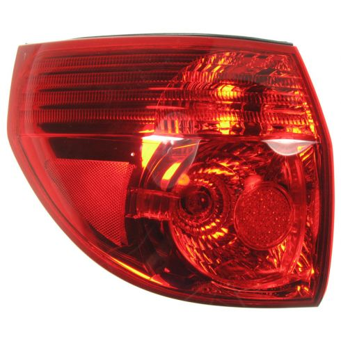 06-10 Toyota Sienna Outer Taillight LR