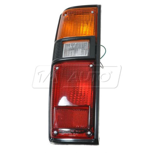 1979-83 Toyota Pickup Taillight w/Housing LH