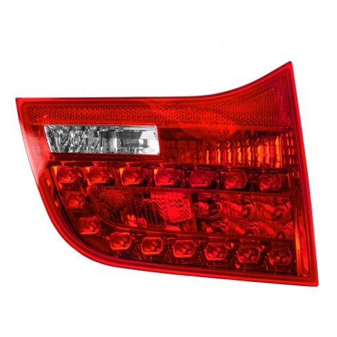 06-08 Audi A6, S6 SW Inner Reverse/Taillight LH