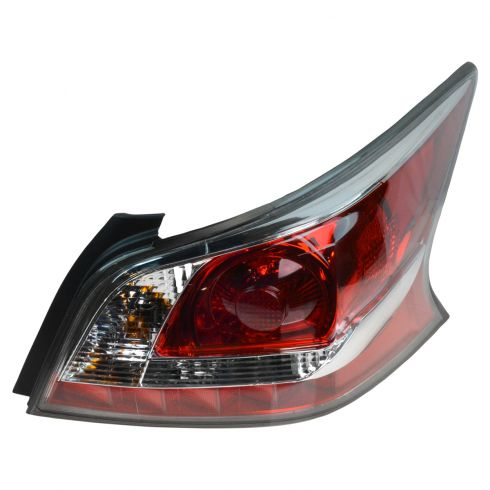 14-15 Nissan Altima Sedan (Non LED) Taillight RH