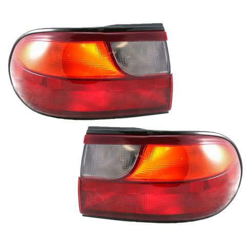 97-05 Chevrolet Malibu Tail Lights Pair 1/4 Mtd