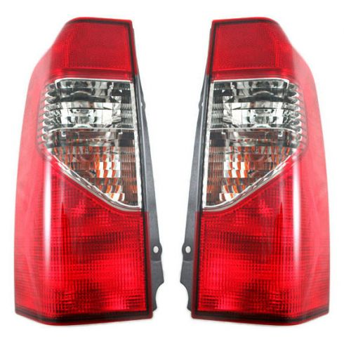2000-01 Nissan Xterra Tail Lamp Pair