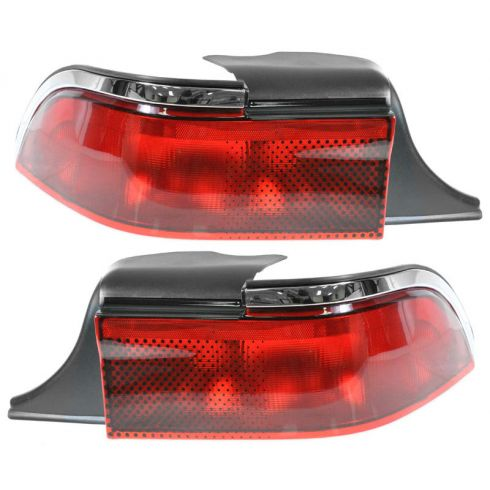 1995-97 Mercury Grand Marquis 1/4 mounted Tail Lamp Pair