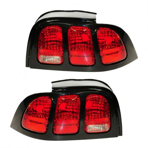 96-98 Mustang Taillight Pair