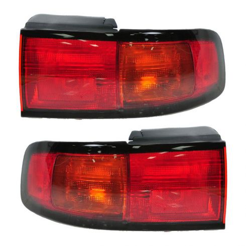 95-96 Toyota Camry - Tail Lamp  Lens & Housing  Sedan  Coupe (USA and Japan Models) - Pair