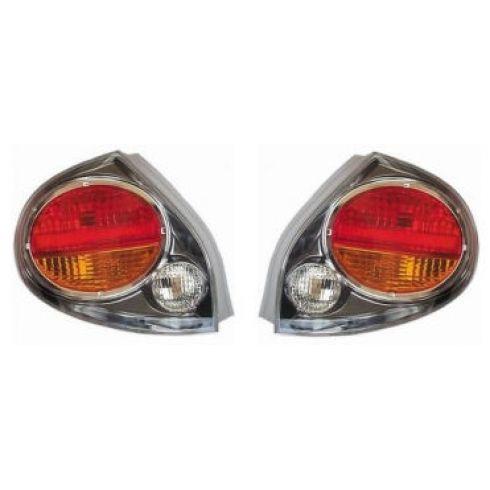 02-03 Nissan Maxima Taillight Pair