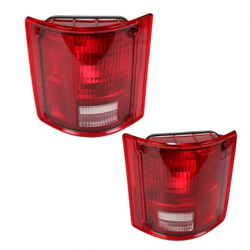 GM truck and SUV Taillight Assembly Pair