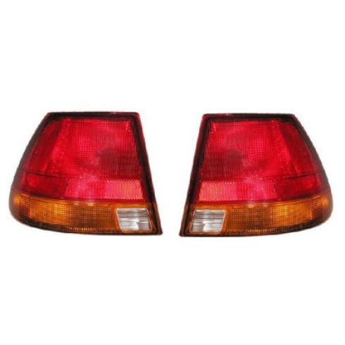 96-99 Saturn S Series Sedan 1/4 Mtd Taillight Pair
