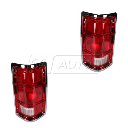 88-92 Dakota Chm Trim Taillight Pair