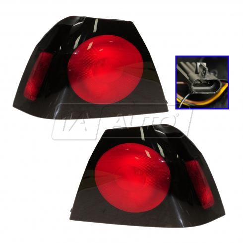 2004-05 Chevy Impala Tail Light Pair