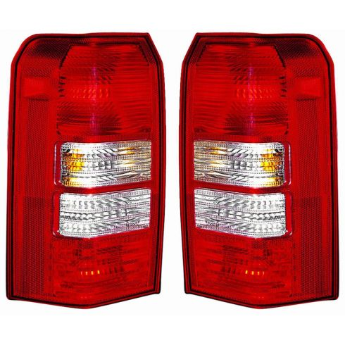 08-09 Jeep Patriot Taillight PAIR