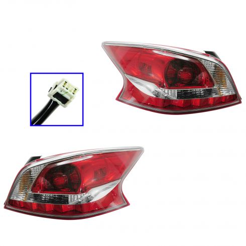 13 Nissan Altima Sedan (Non LED) Taillight PAIR