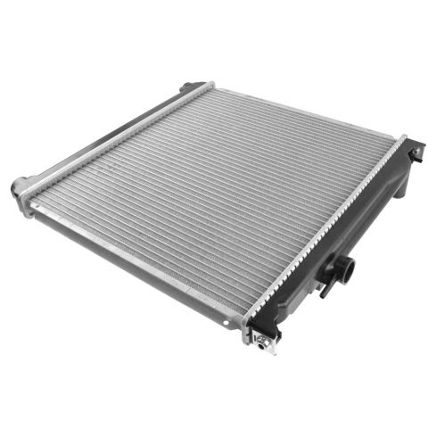"1993-95 Suzuki Sidekick Radiator w/ L4 1.6 98 All 16-3/4"" Core Between Tanks; Auto Trans."