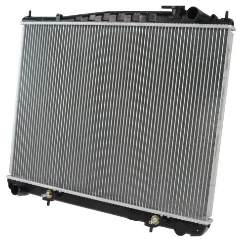 2001-04 Nissan Pathfinder Radiator w/ V6 3.5 All
