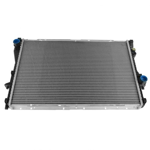 99-05 BMW 5 Series; 99-01 750i Radiator
