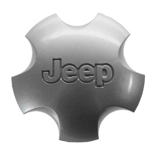 01-04 Jeep Grand Cherokee (w/Wheel Code WFK) Domed 5 Inch Silver Center Cap (Mopar)