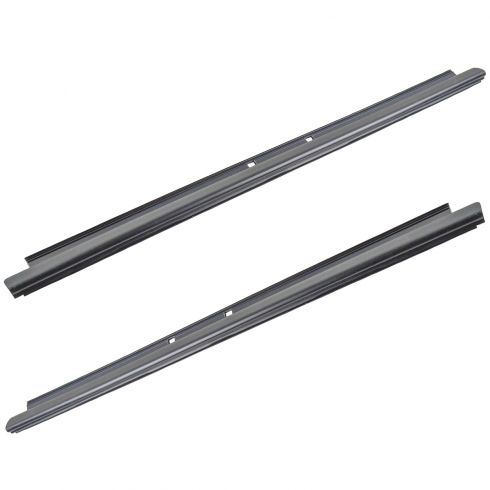 99-07 GM PU Crew Cab 00-06 GM Full Size SUV Rear Door Outer Window Sweep PAIR