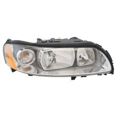05-07 Volvo V70, XC70 Halogen Headlight RH