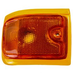 96-02 GMC Savana Van (w/Composite HL) Lower Side Marker Light (Grille Mtd) RF