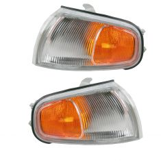 95-96 Camry Fdr Mtd Park Light Pair