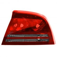 06-08 Dodge Charger Tail Light RH