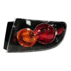 04-06 Mazda 3 Sedan Outer Taillight w/Clear Lens RH