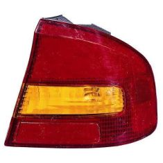 2000-04 Subaru Legacy SDN Outer Taillight RH